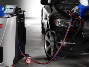 ricarica climatizzatore auto